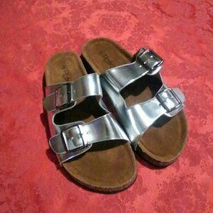 New Refresh Two Strap Slip on Slide Sandal